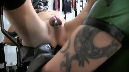Miss Velour - Anal Fisting Virgin (HD wmv)