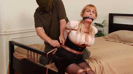 Captive on Wheels - Burglar ties and takes Secretary Lorelei away - Plus Outtakes