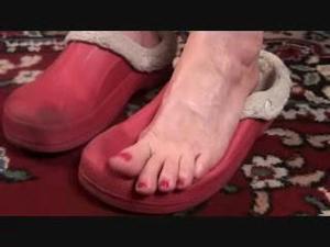Nongrid_medium_rubber-slippers