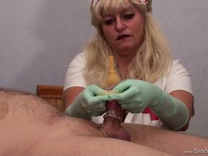 Nongrid_medium_doctor-sindy-s-cock-teasing
