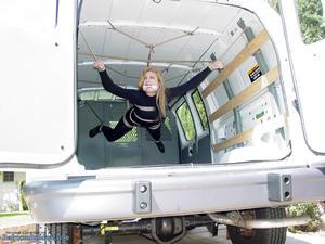 Nongrid_medium_van-suspension-and-prisoner-transport