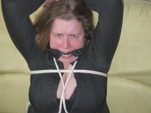 Nongrid_medium_marla-nice-bondage