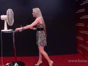 Nongrid_medium_katka-smoking-in-the-atelier-showing-her-long-legs-with-hi-heels