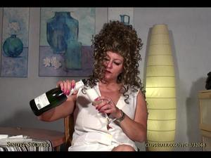 Nongrid_medium_champagner-cum