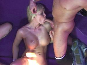 Nongrid_medium_bdsm-tutorial-cuckold-sprecher-andrea