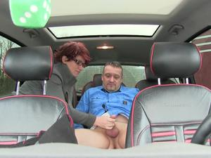 Nongrid_medium_sex-at-the-backseat