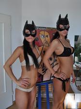 Medium_cat_sisters