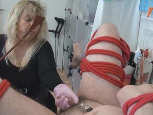 Nongrid_medium_wank-cock-and-spanking-part-9
