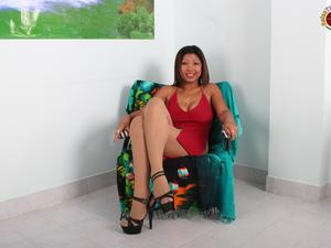 Nongrid_medium_asian-slut-cant-look-any-better-than-when-shes-chair-tied-with-legs-spread