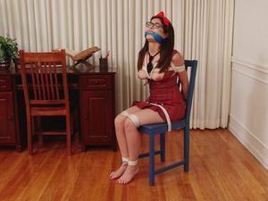 Nongrid_medium_detention-for-schoolgirl-phoebe-queen-in-barefoot-bondage