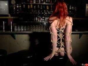 Nongrid_medium_a-sensual-red-head-drooling-at-the-bar