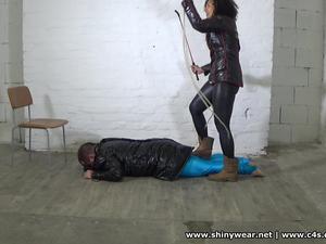 Nongrid_medium_dama-cesara-boot-worship-hard-whipping-and-trampling