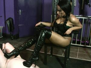 Nongrid_medium_mistress-juliette-de-sade-boot-ball-busting-punishment-hd-wmv