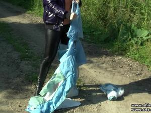 Nongrid_medium_lady-ivette-downjacket-destruction