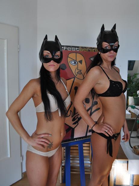 Big_cat_sisters