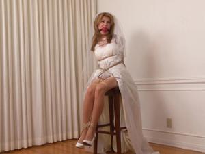Nongrid_medium_the-bound-gagged-bride-candle-boxxx