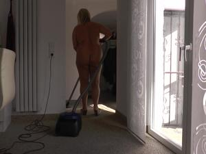 Nongrid_medium_my-livehouse-nude-at-home