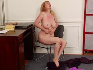 Nongrid_medium_itchy-revenge-on-stuffy-secretary-lorelei