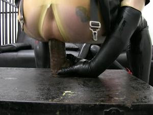 Nongrid_medium_miss-velour-latex-dollys-dildo-fucking-part-2-hd-wmv