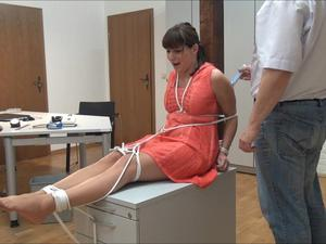 Nongrid_medium_susan-tickling-service-part-4-of-5