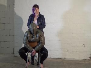 Nongrid_medium_mistress-ella-jacket-reverse-plays