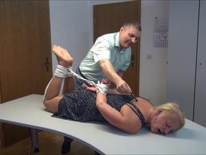 Nongrid_medium_isabel-tickling-service-part-6-of-6