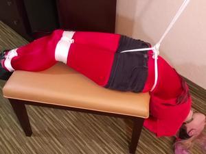 Nongrid_medium_hotel-room-hostage
