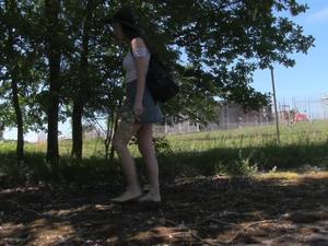 Nongrid_medium_summertime-walk